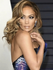 Jennifer Lopez's Full Volume Curls