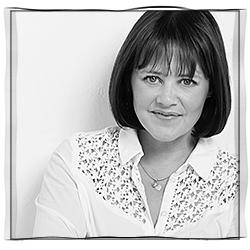 Sally Brooks Headshot